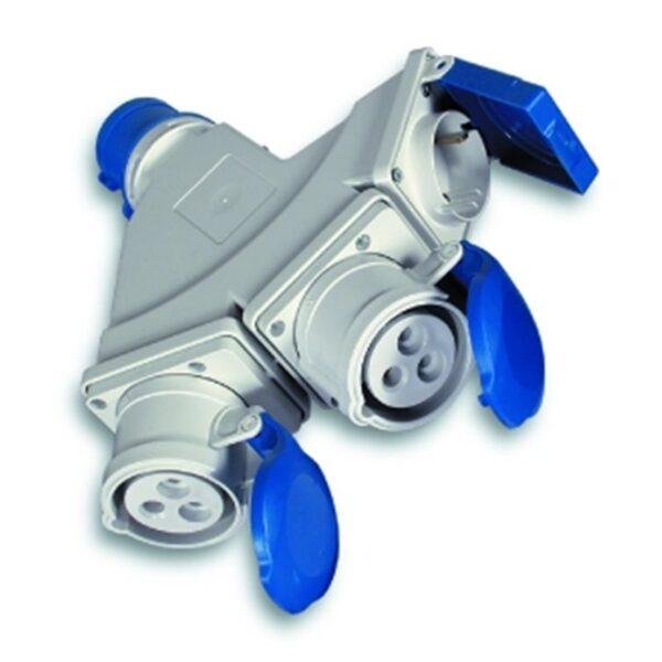 Adaptador Cetac 220v Clavija Macho Azul 2p+Tt A 2 Bases Cetac 2p+T + 1 Base Schuko 2p+T Ip44